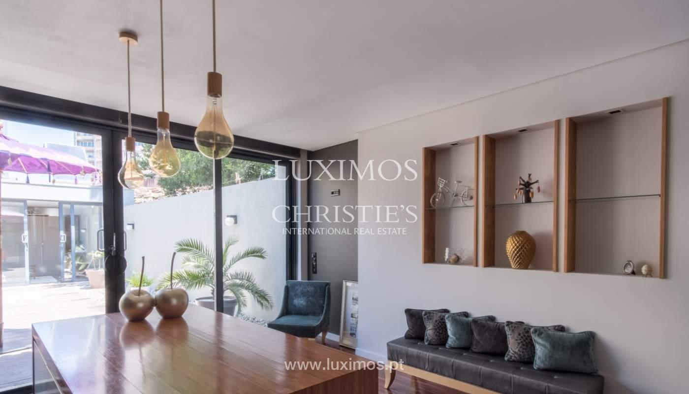 Villa mit Garten zu verkaufen in der Leça da Palmeira, Porto, Portugal _110938
