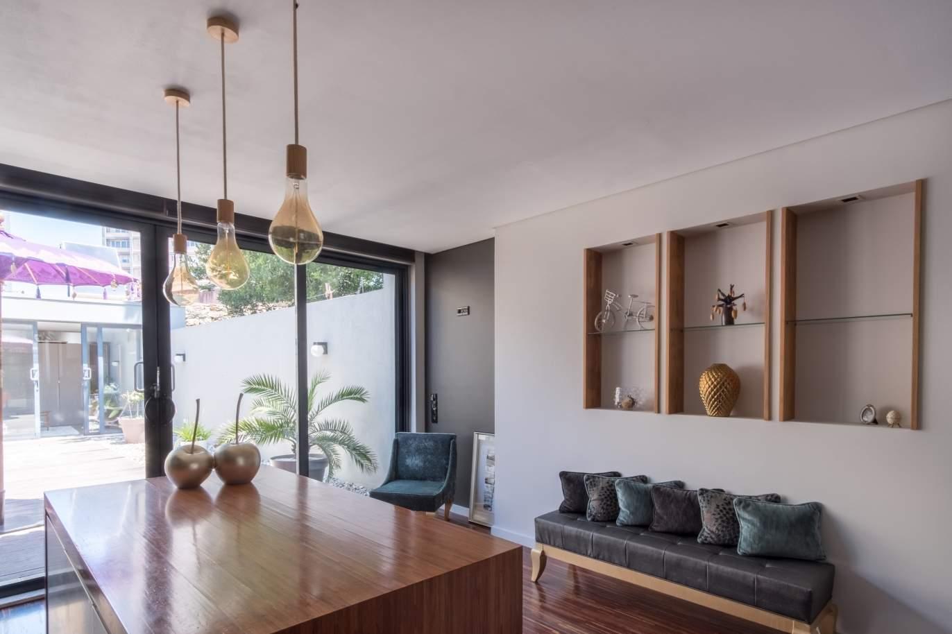 moradia-com-jardim-para-venda-leca-da-palmeira-porto-portugal