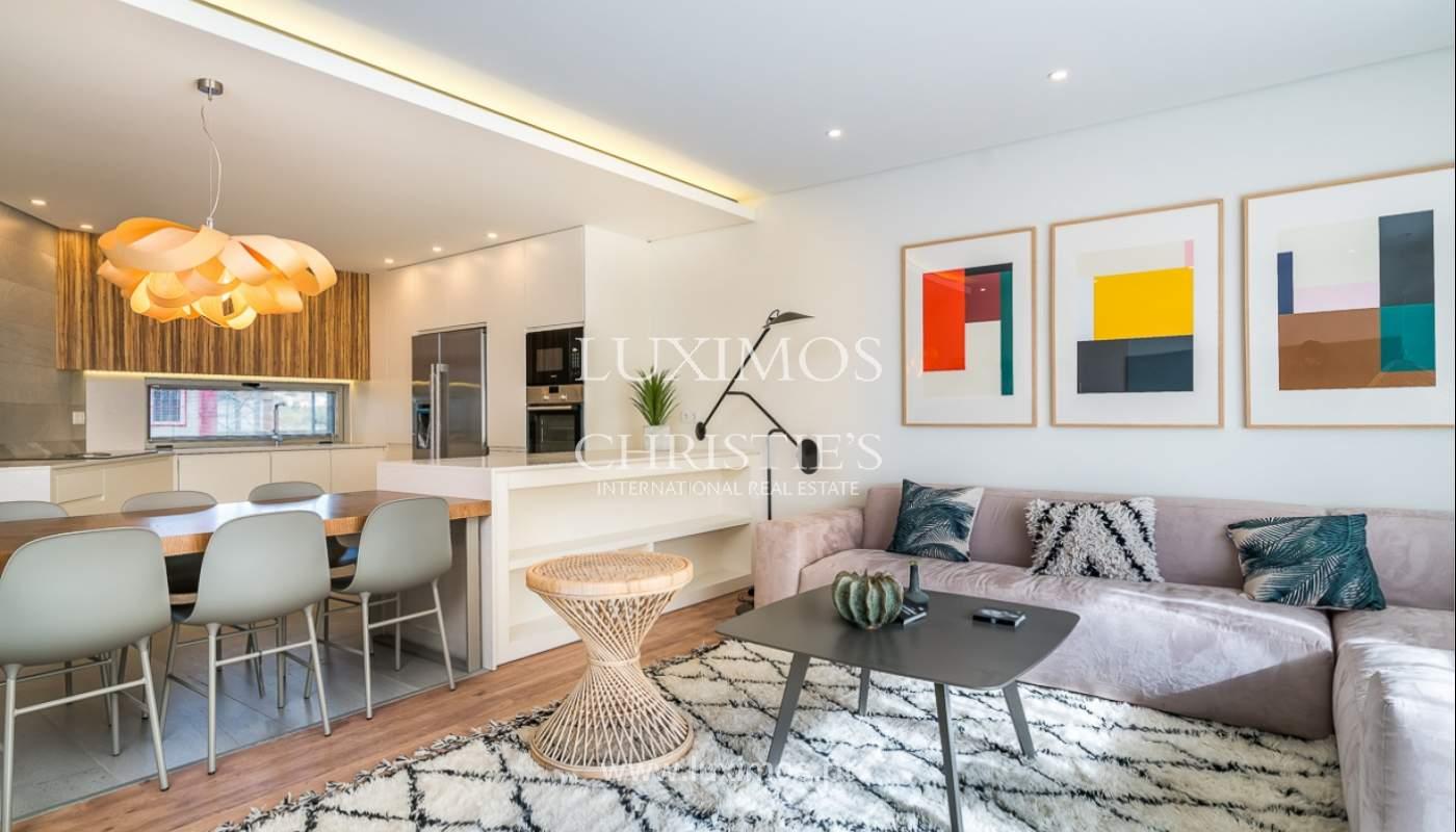 Apartamento novo para venda com vista mar em Quarteira, Algarve_111362