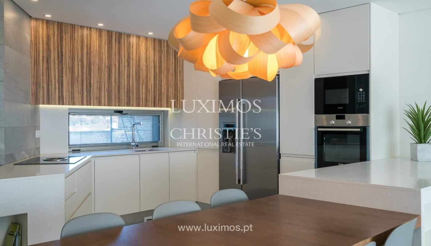 Apartamento novo para venda com vista mar em Quarteira, Algarve_111363