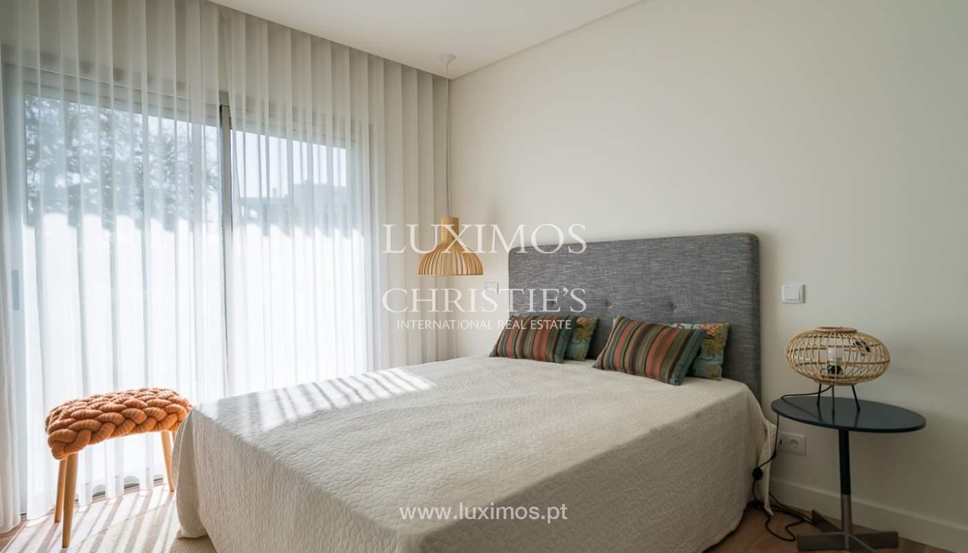 Apartamento novo para venda com vista mar em Quarteira, Algarve_111372