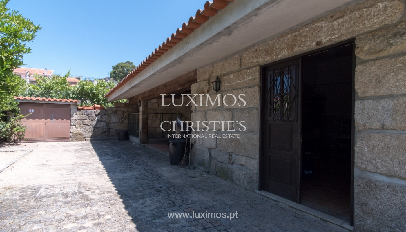 House and restaurant for sale on Paredes, Portugal_111439