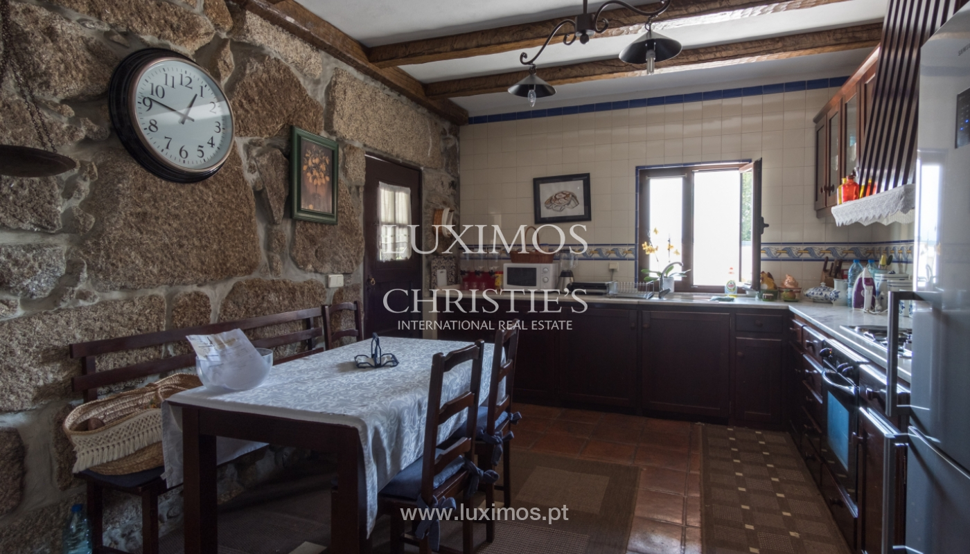 House and restaurant for sale on Paredes, Portugal_111444