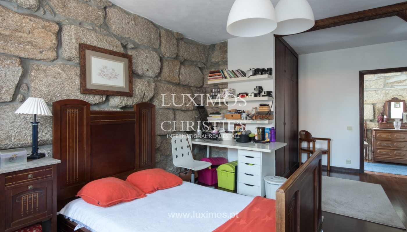 House and restaurant for sale on Paredes, Portugal_111453