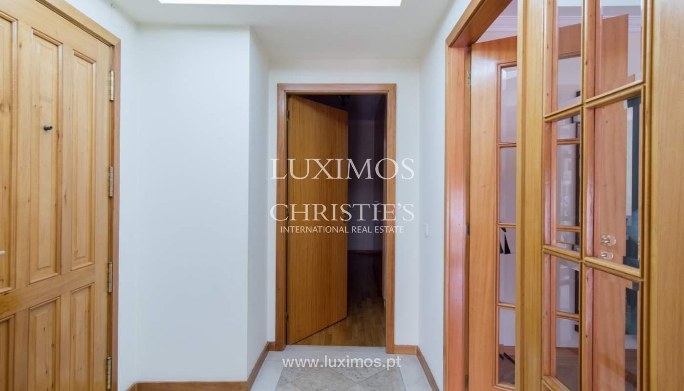 Appartement avec balcon dans un condominium fermé, V. N. Gaia, Portugal_111553