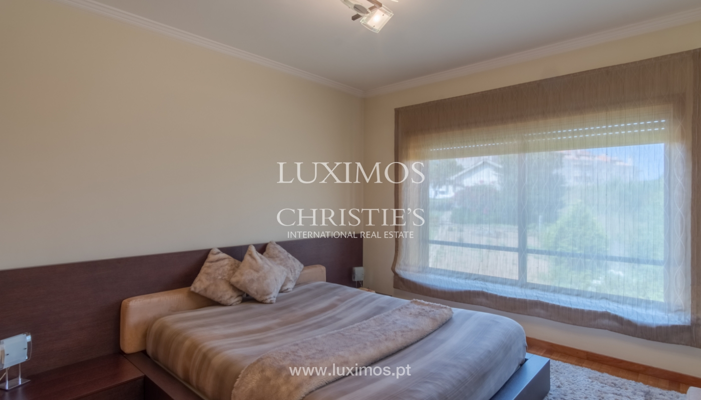 Apartamento con balcón, en una urbanización cerrada, Vila Nova de Gaia, Portugal_111571