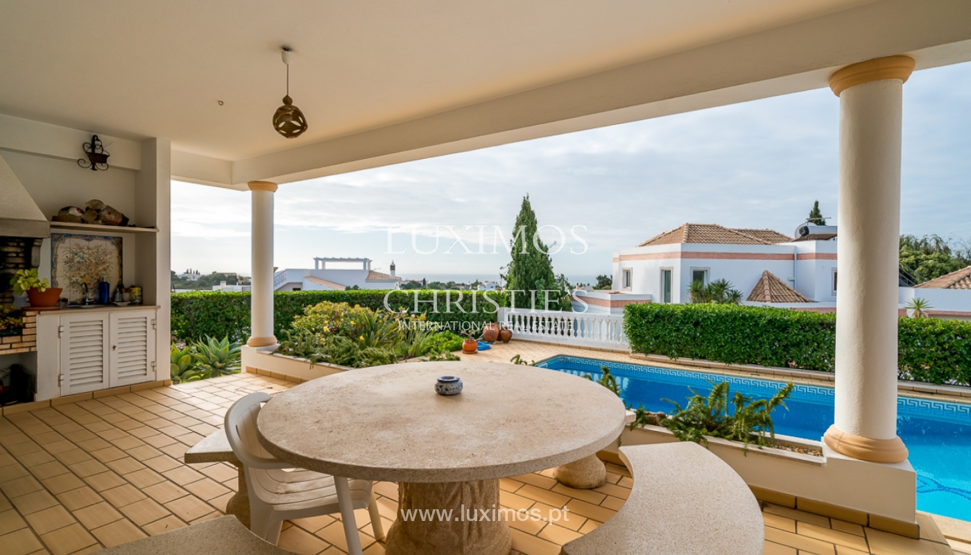 Sale of villa with pool and sea view in Albufeira, Algarve, Portugal_111587