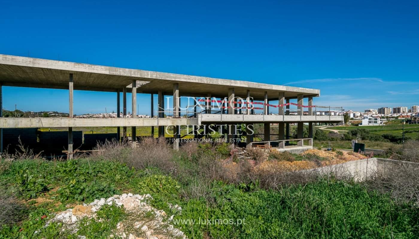 Vivienda moderna en construcción con vistas al mar, en Lagos, Algarve, Portugal_111621