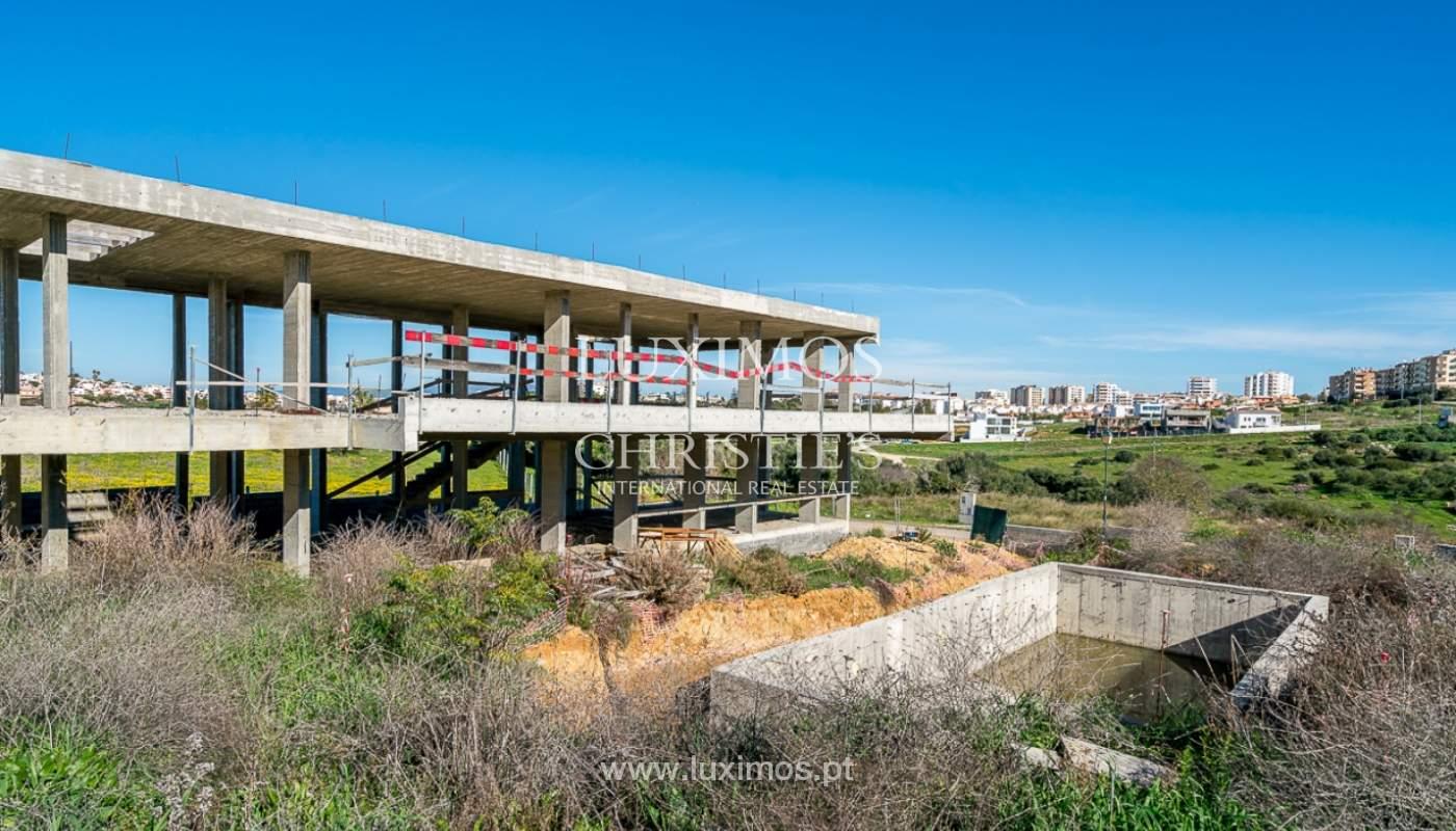 Vivienda moderna en construcción con vistas al mar, en Lagos, Algarve, Portugal_111622