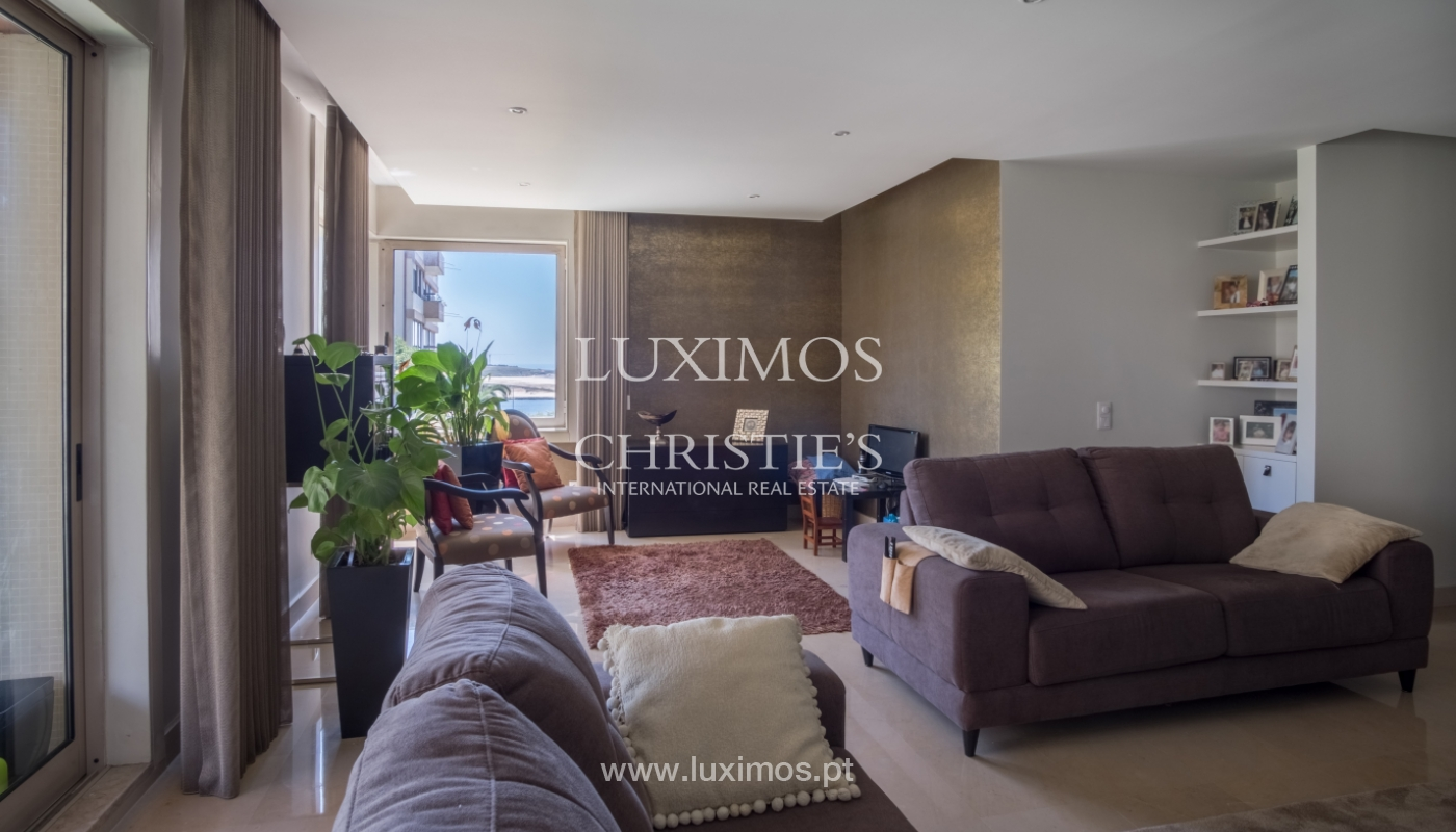 The sale of the apartment with views of the river, on the Farm of the Alhambra, the city, the Port_112031