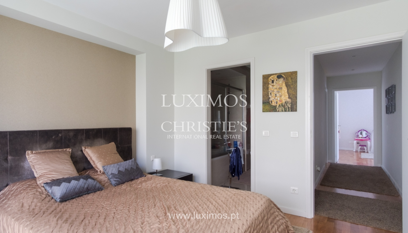The sale of the apartment with views of the river, on the Farm of the Alhambra, the city, the Port_112049