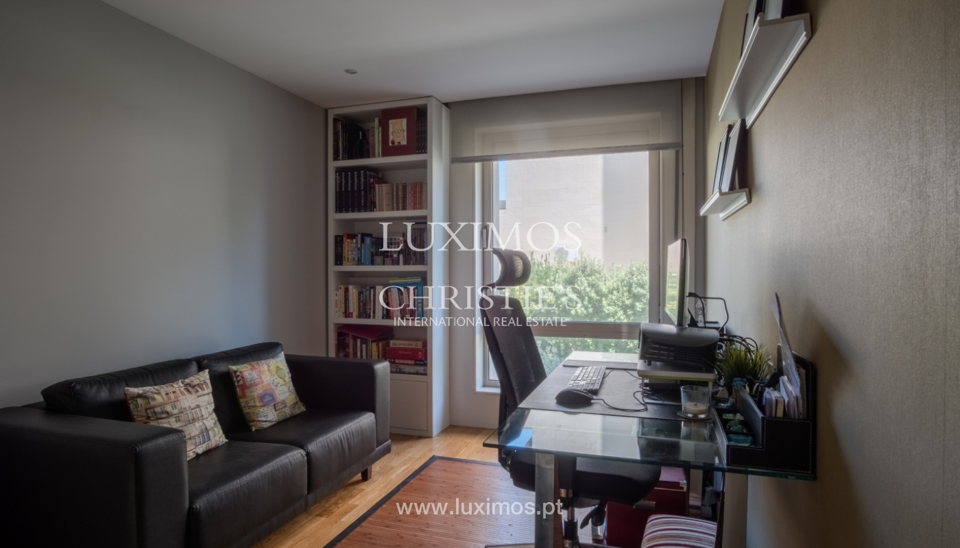 Apartment for sale with river views, in Foz do Douro, Porto, Portugal_112052