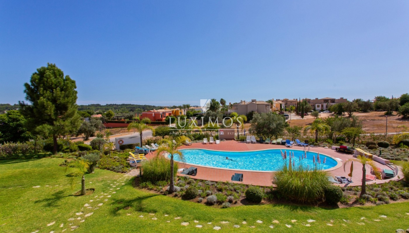 Sale of apartment close to golf course in Vilamoura, Algarve, Portugal_112901