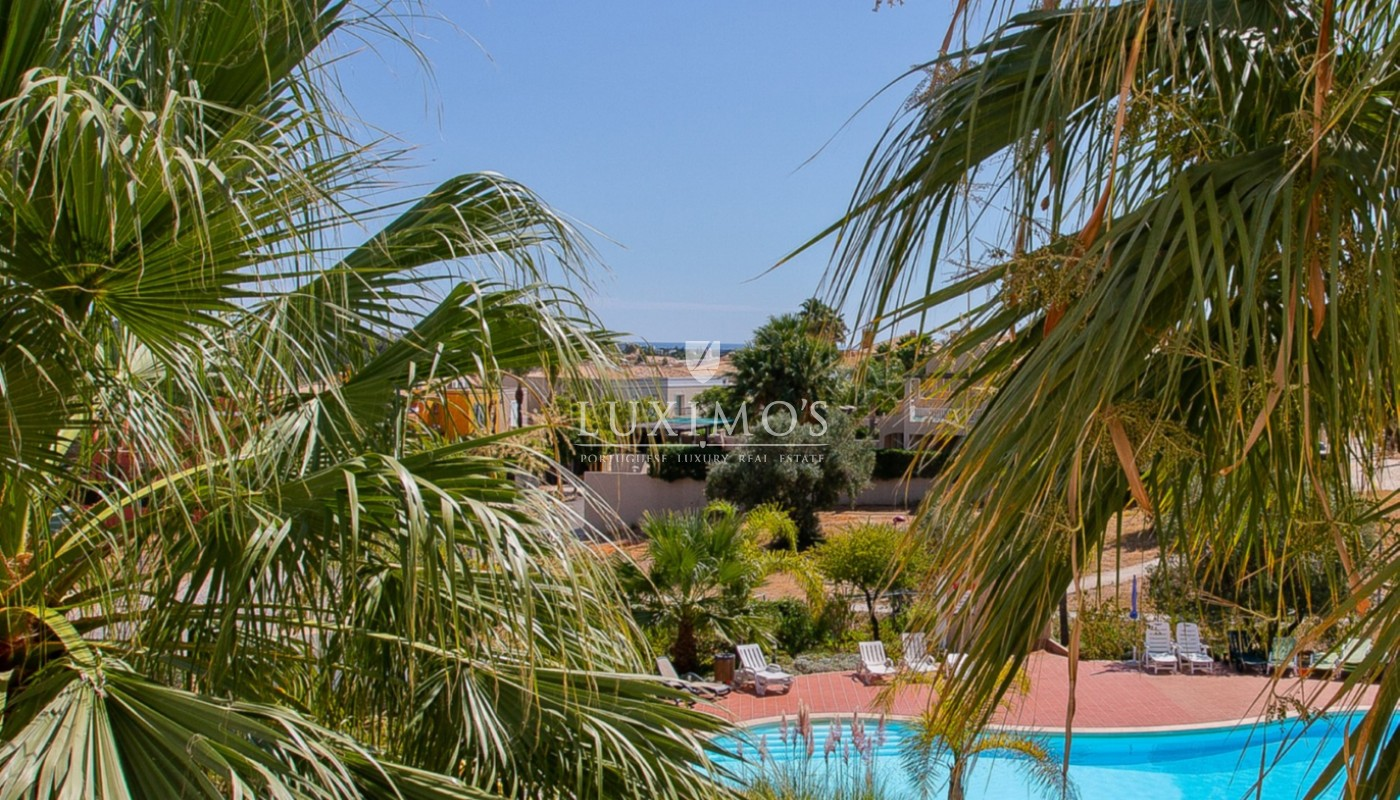 Sale of apartment close to golf course in Vilamoura, Algarve, Portugal_112908