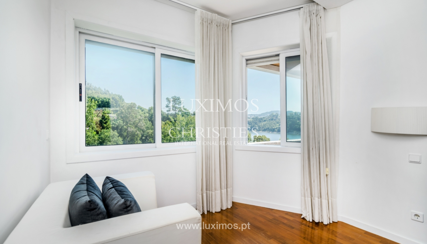 Sale of modern house with views to Douro river, Porto, Portugal_113179
