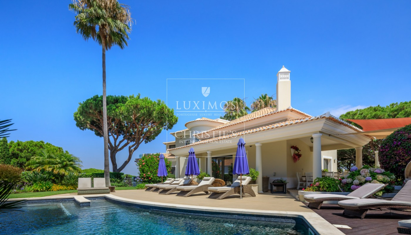 Venda de moradia com vista golfe em Vale do Lobo, Algarve_113194
