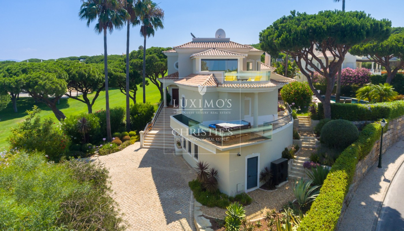 Venda de moradia com vista golfe em Vale do Lobo, Algarve_113203
