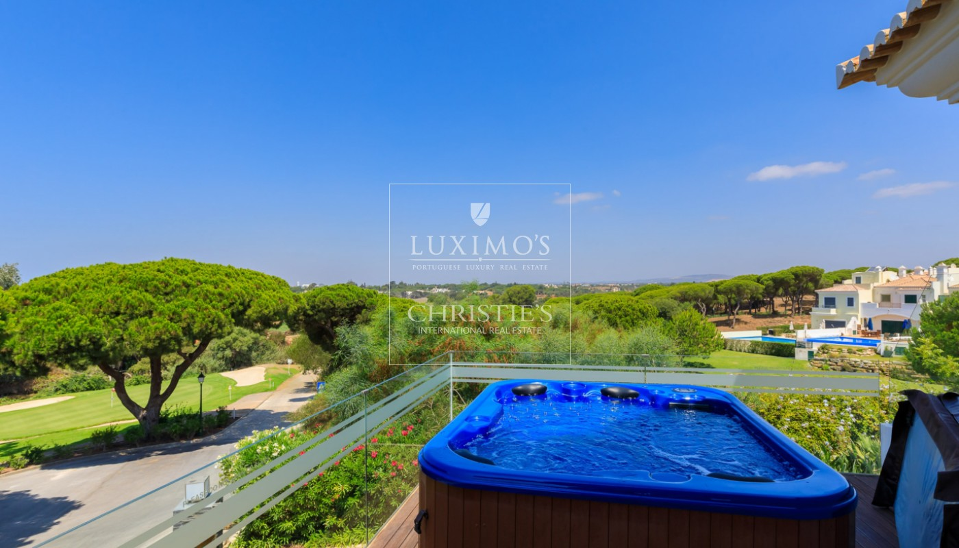 Venda de moradia com vista golfe em Vale do Lobo, Algarve_113212