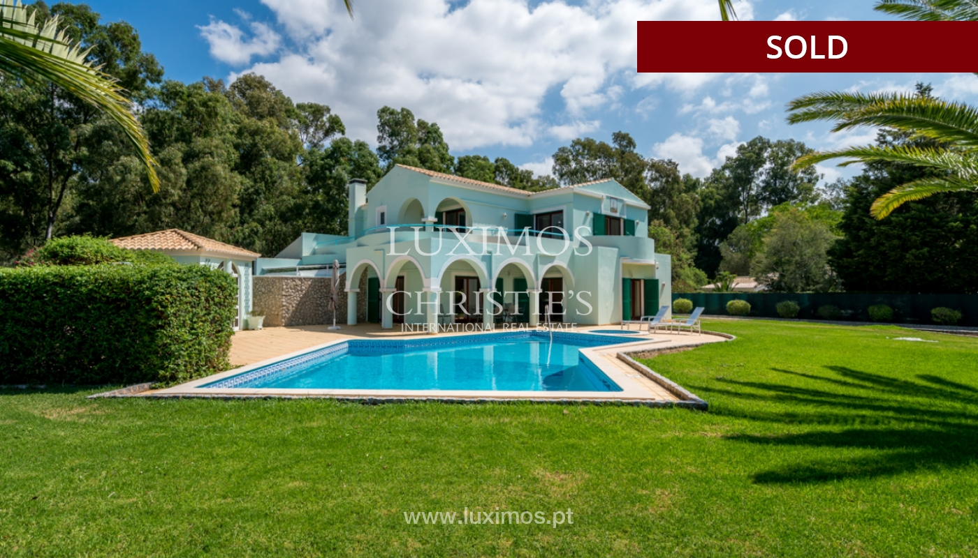 Villa à vendre avec piscine à Penina, Alvor, Algarve, Portugal_113909