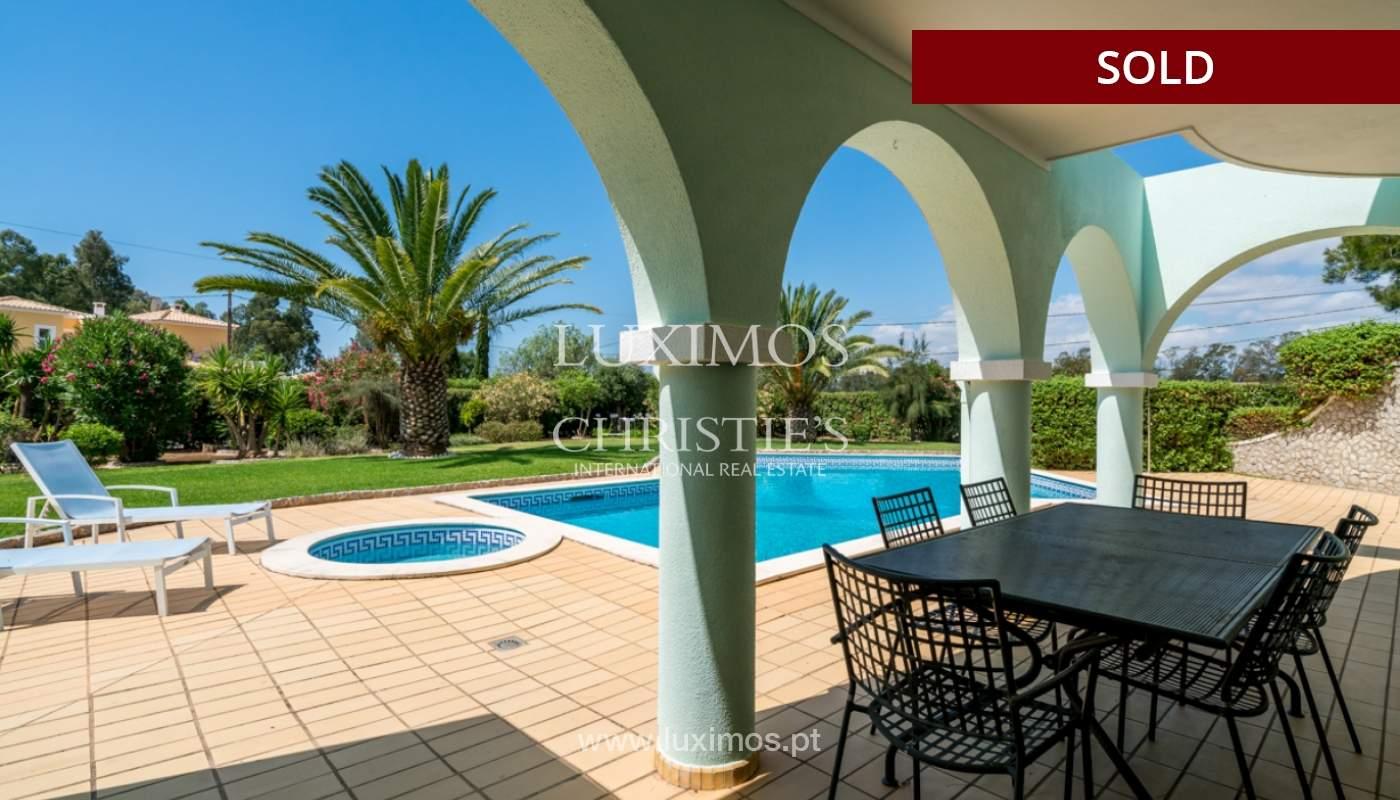 Villa à vendre avec piscine à Penina, Alvor, Algarve, Portugal_113910