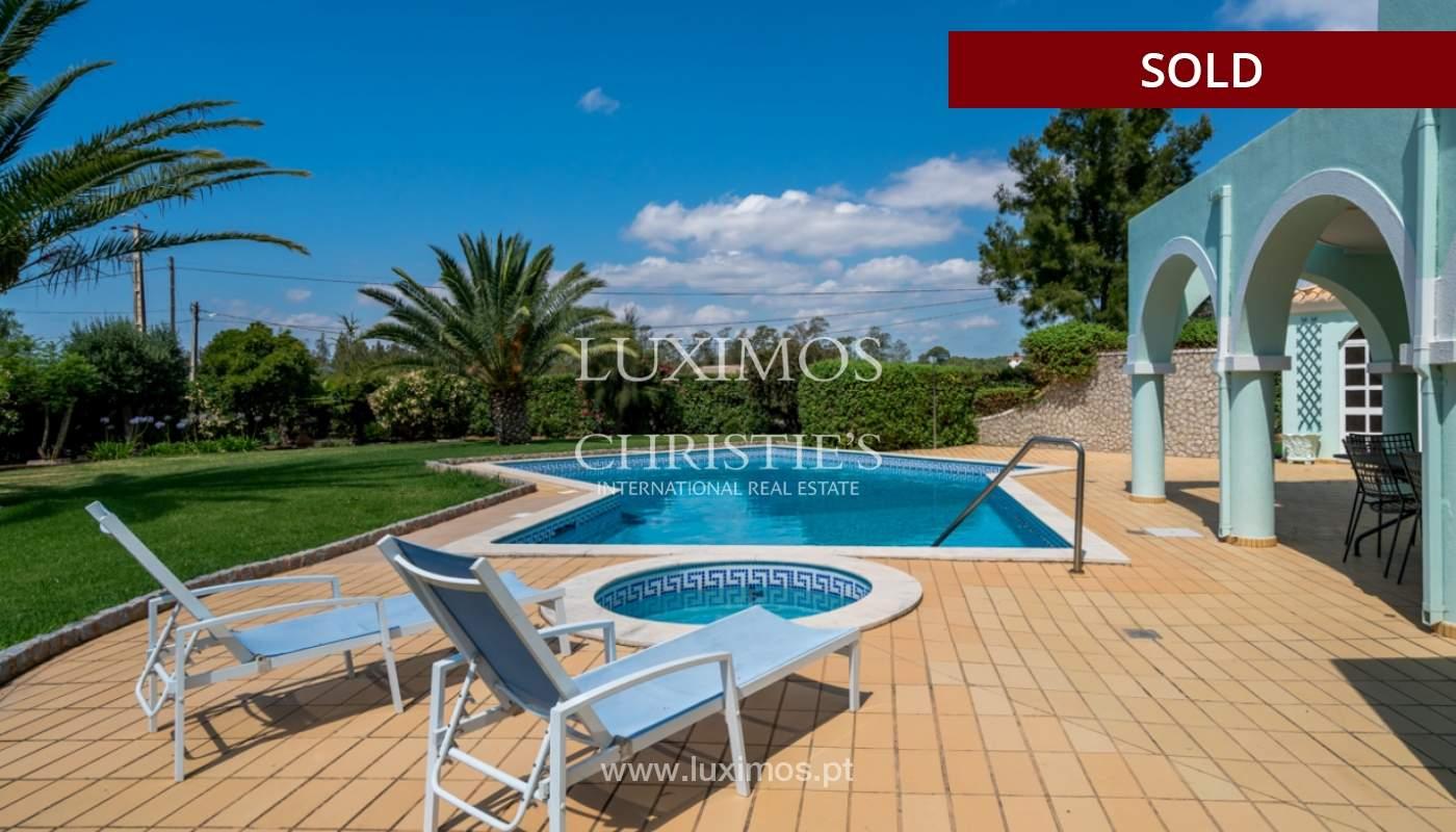 Villa à vendre avec piscine à Penina, Alvor, Algarve, Portugal_113916