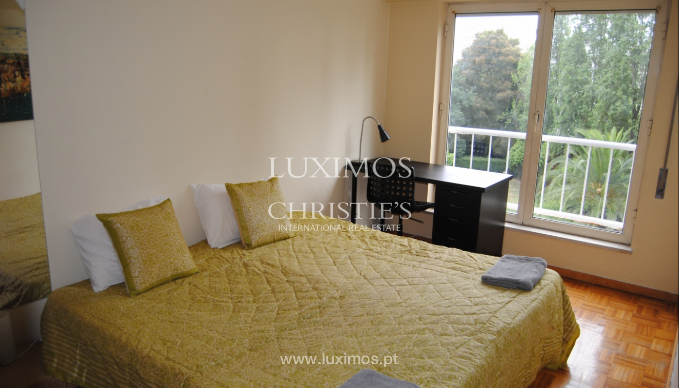 Sale apartment in very central location, Lordelo Ouro, Porto, Portugal_113969