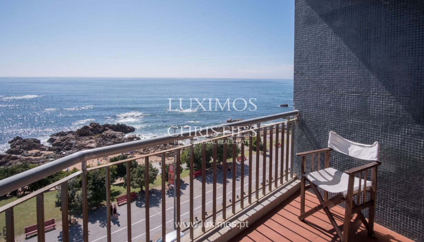 Sale of penthouse, with open views to the sea, Foz, Porto, Portugal_114387