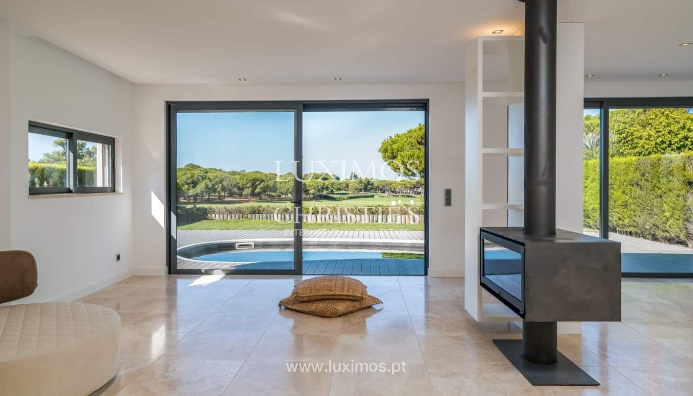 Venda de moradia com piscina, frente golfe em Vilamoura, Algarve_116041