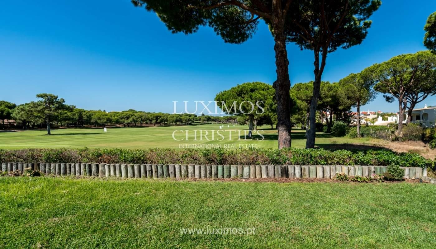 Venda de moradia com piscina, frente golfe em Vilamoura, Algarve_116076