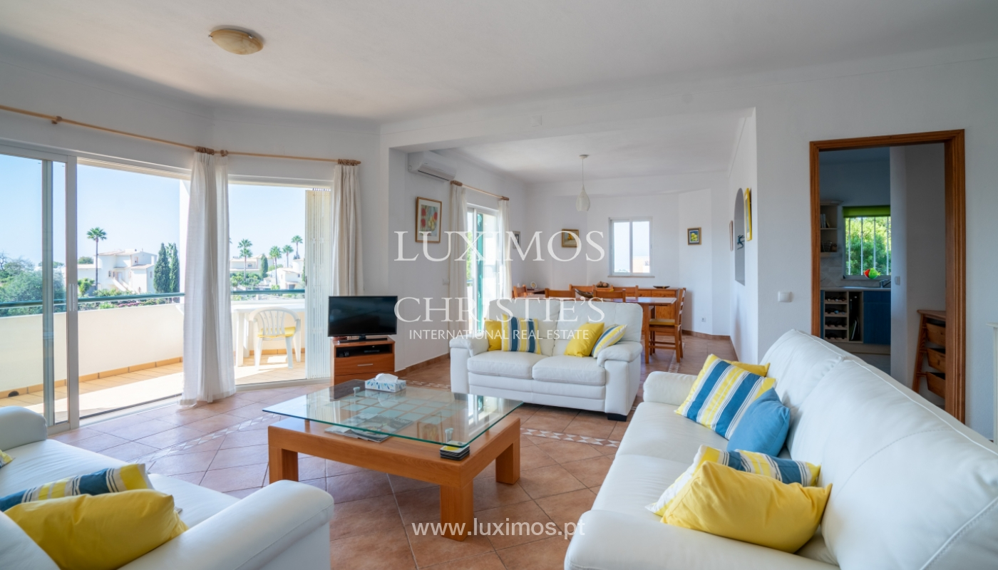 Sale of villa with pool and sea view in Albufeira, Algarve, Portugal_117651