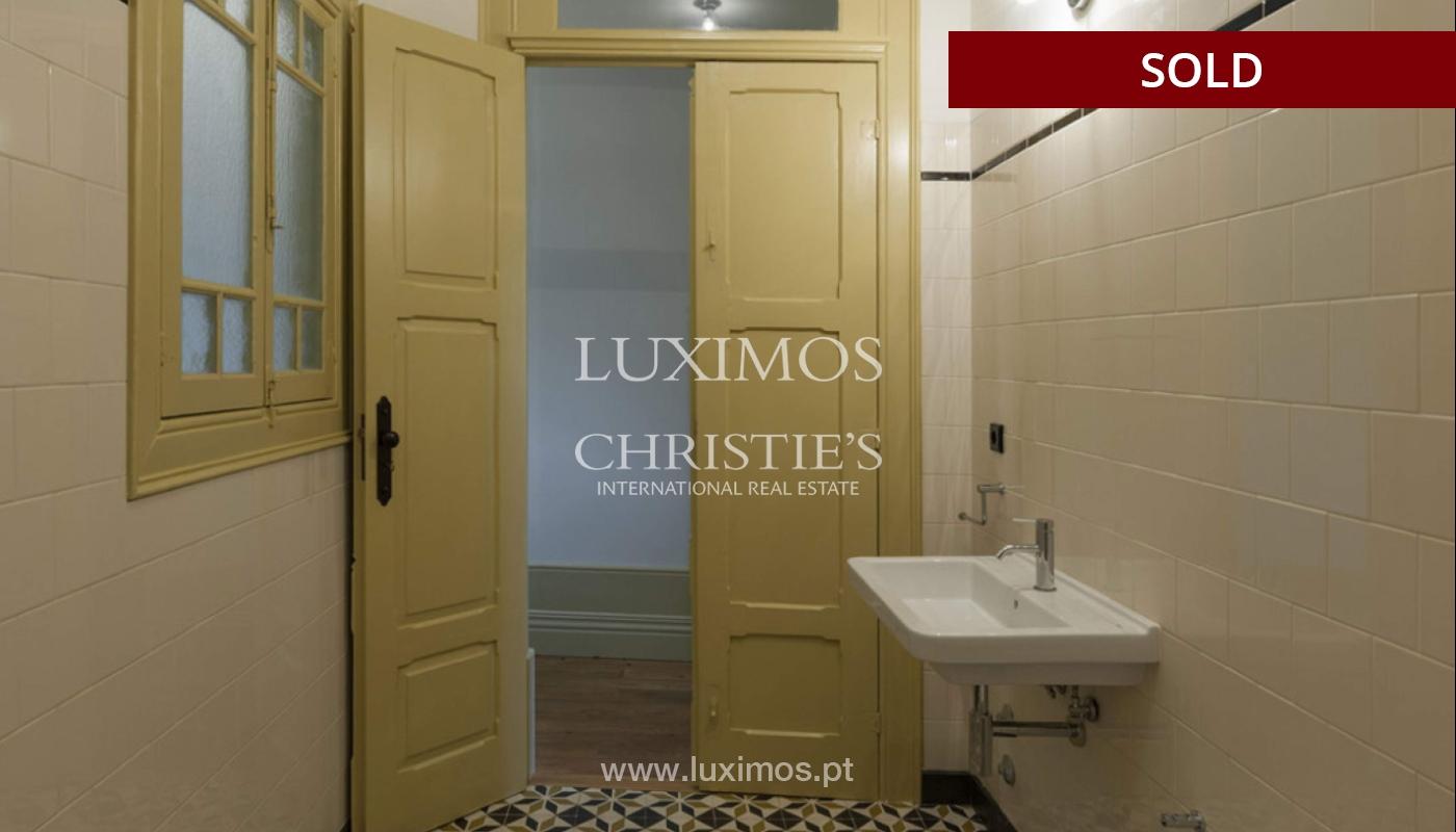 Charmante Villa zu verkaufen mit Garten in Bonfim, Porto, Portugal_117875