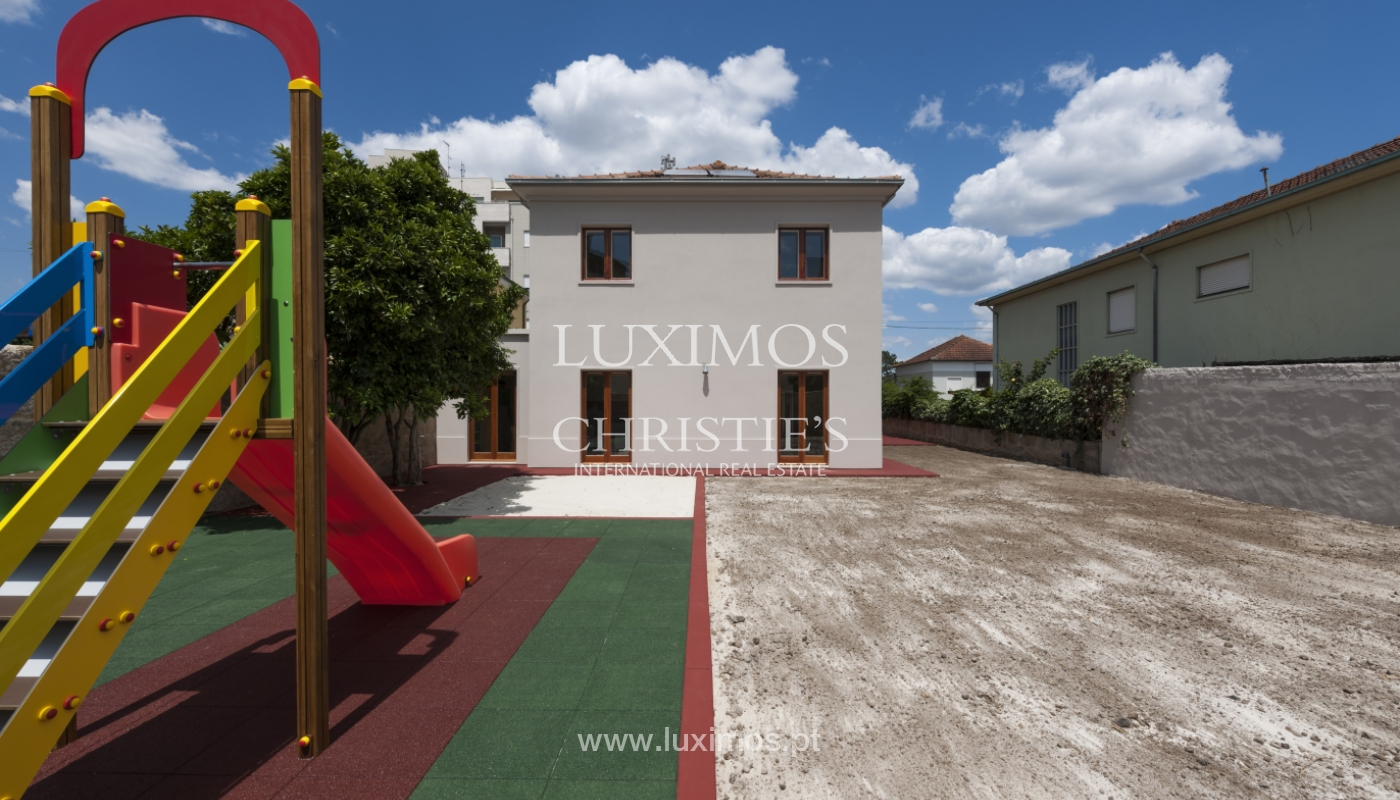 The sale of a house with a backyard and a garden in Fânzeres, Gondomar_117894