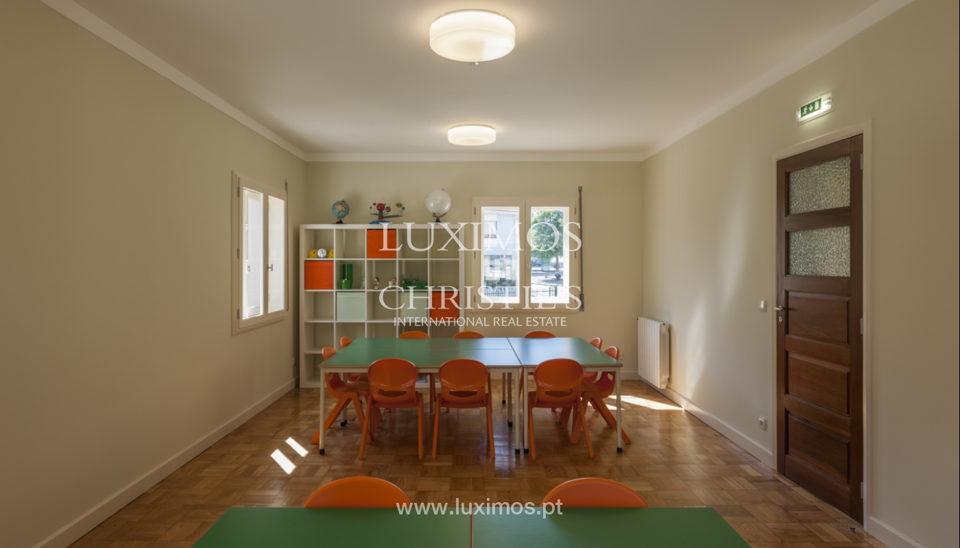 The sale of a house with a backyard and a garden in Fânzeres, Gondomar_117909