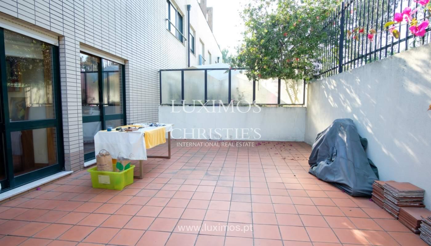 Venda de apartamento com terraço e jardim, Vila Nova de Gaia, Portugal_118100