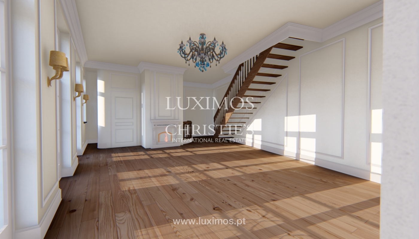 Sale duplex apartment in central location in downtown Porto, Portugal_118152