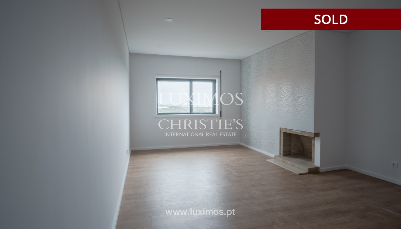 Venda de apartamento como novo, com vistas mar, V. N. Gaia, Portugal_118235