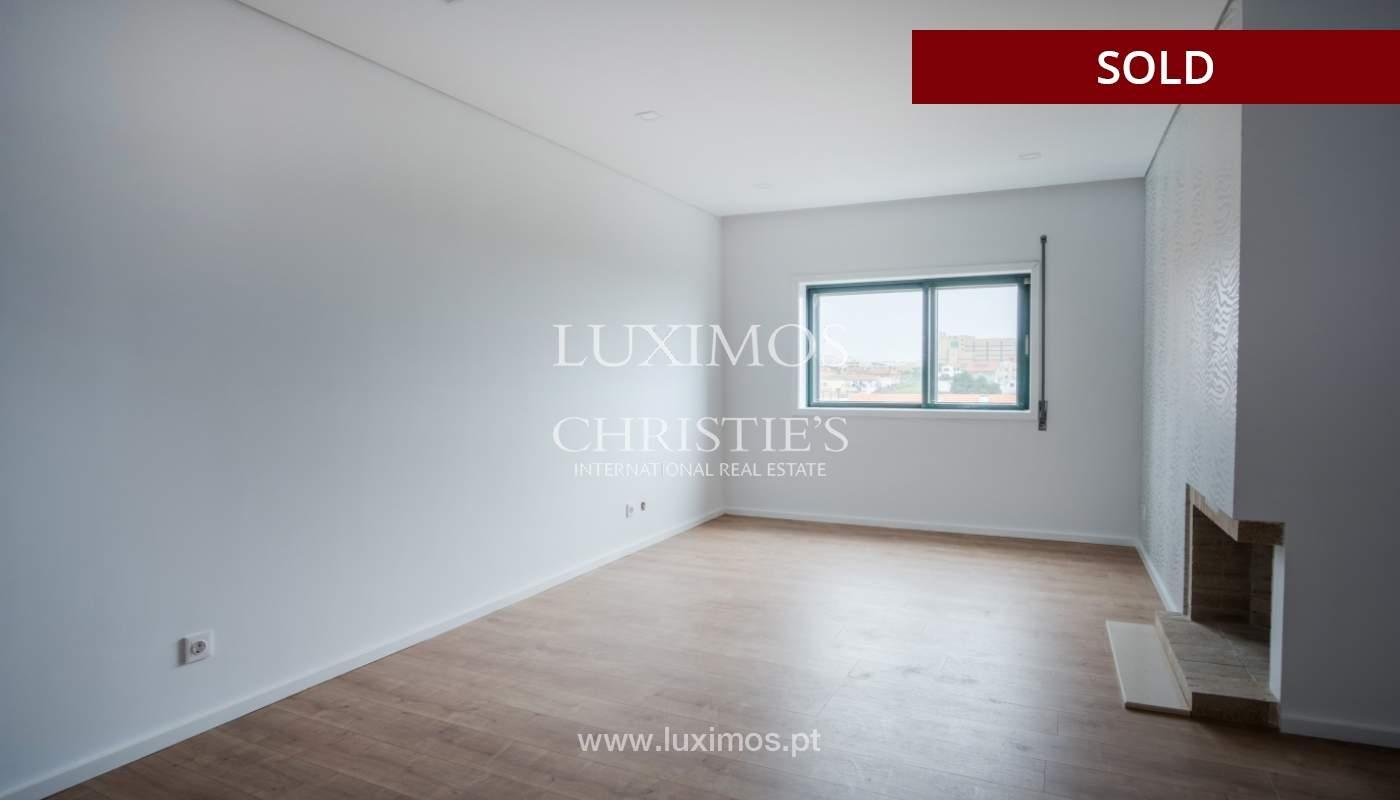 Venda de apartamento como novo, com vistas mar, V. N. Gaia, Portugal_118236