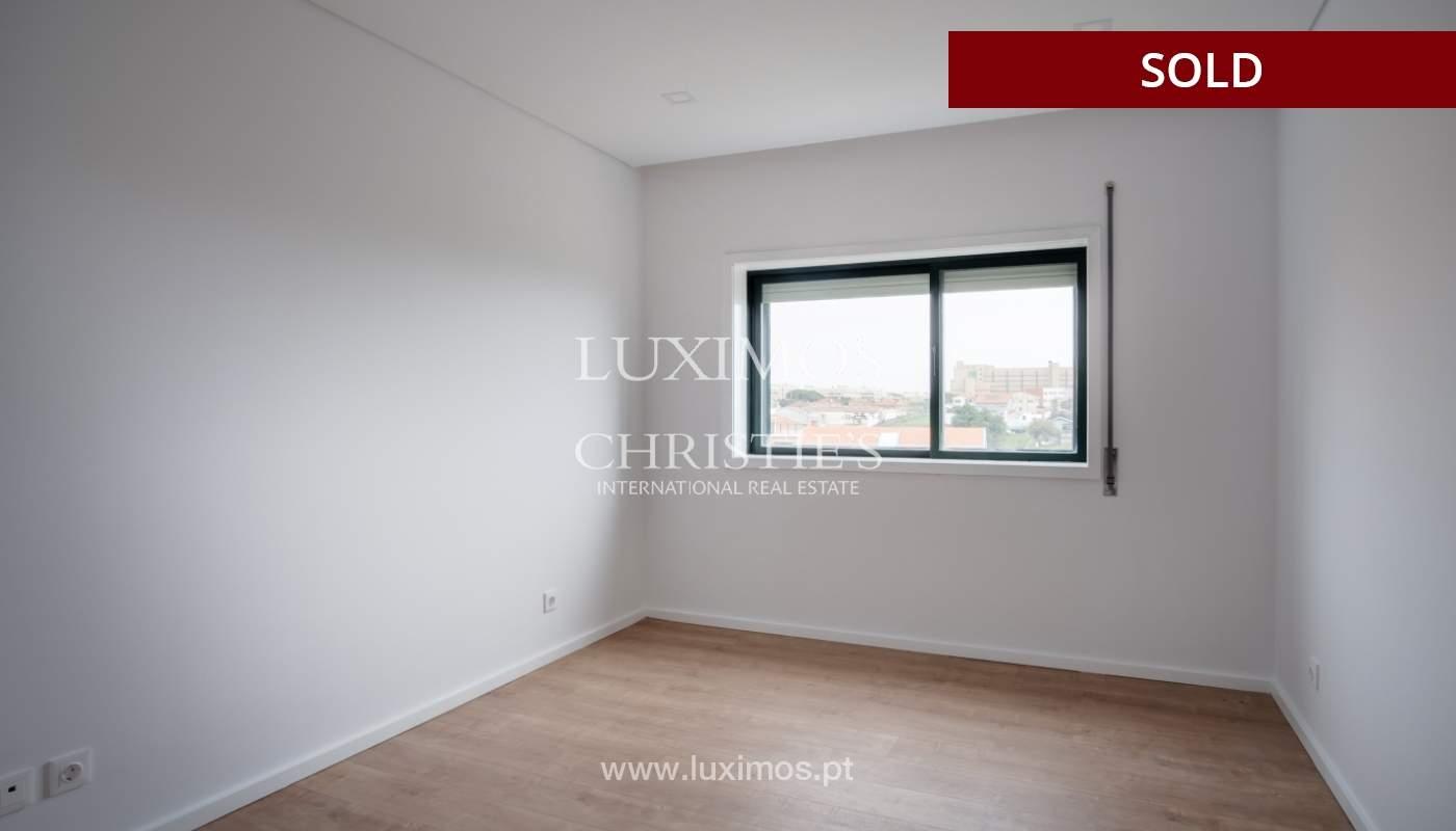 Venda de apartamento como novo, com vistas mar, V. N. Gaia, Portugal_118240