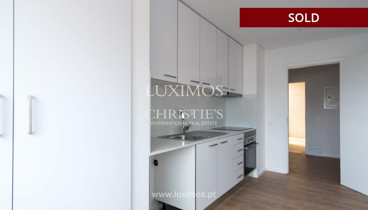 Venda de apartamento como novo, com vistas mar, V. N. Gaia, Portugal_118242
