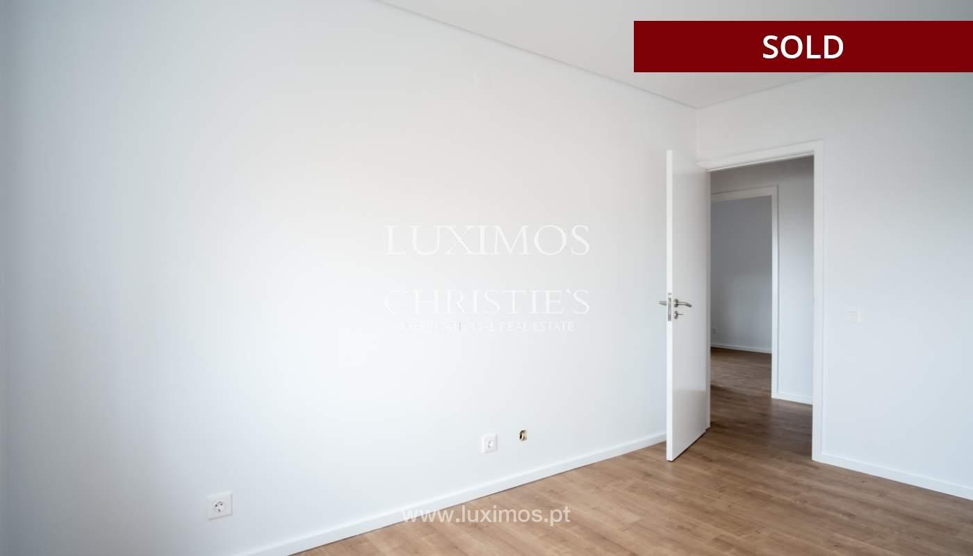 Venda de apartamento como novo, com vistas mar, V. N. Gaia, Portugal_118243