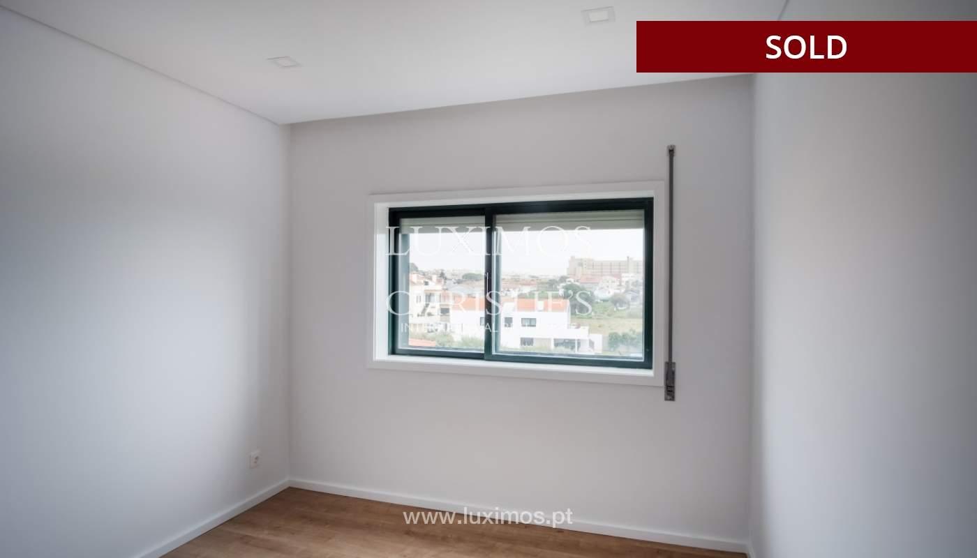 Venda de apartamento como novo, com vistas mar, V. N. Gaia, Portugal_118244