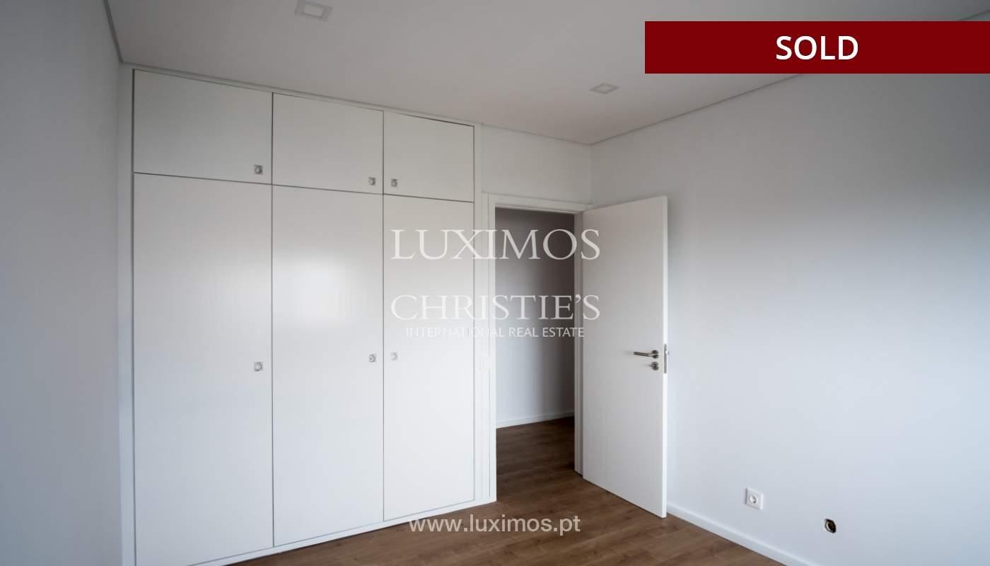 Venda de apartamento como novo, com vistas mar, V. N. Gaia, Portugal_118245