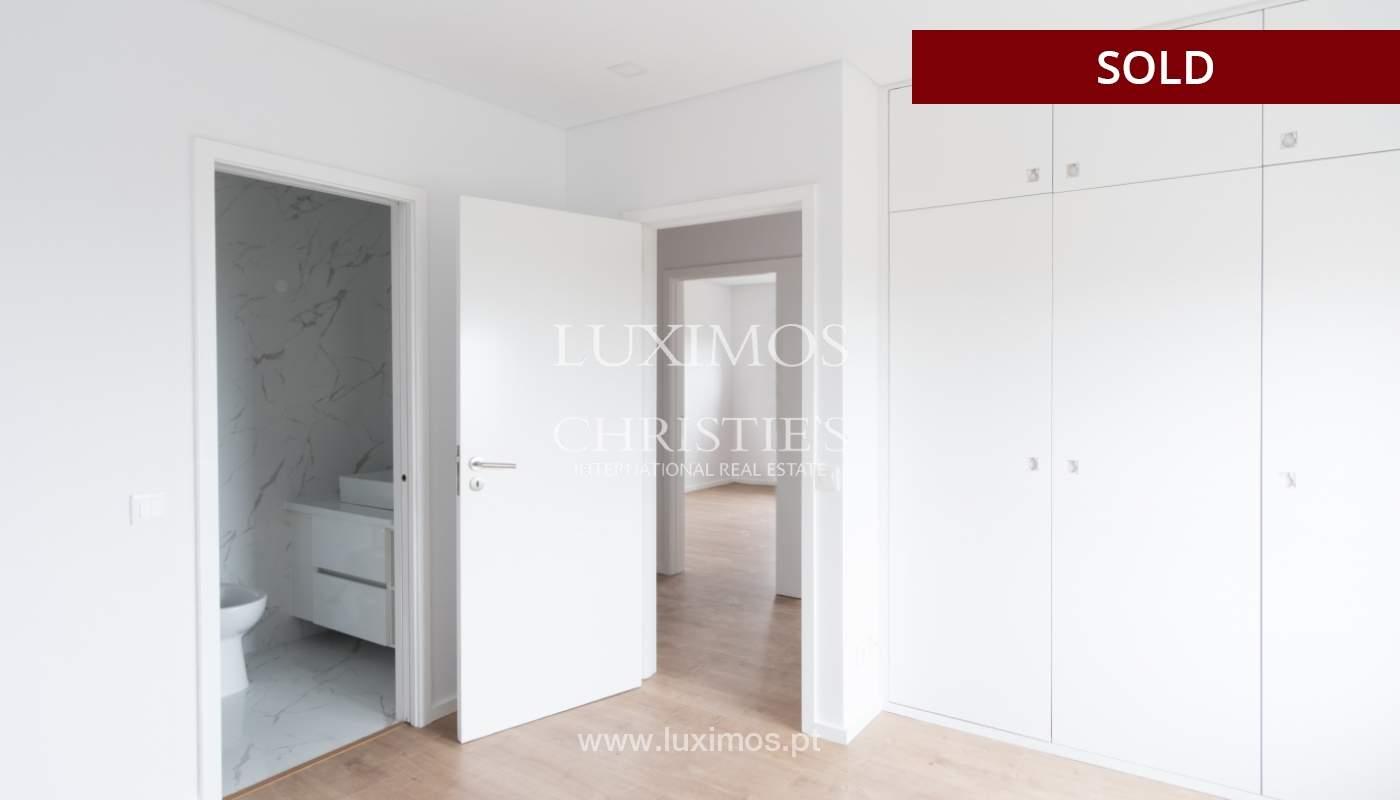 Venda de apartamento como novo, com vistas mar, V. N. Gaia, Portugal_118248