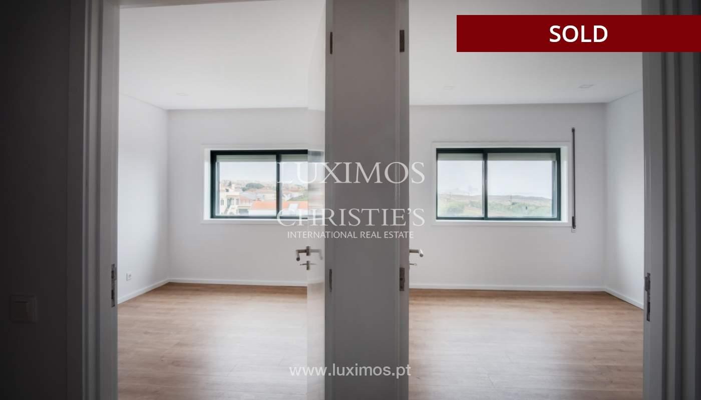 Venda de apartamento como novo, com vistas mar, V. N. Gaia, Portugal_118251