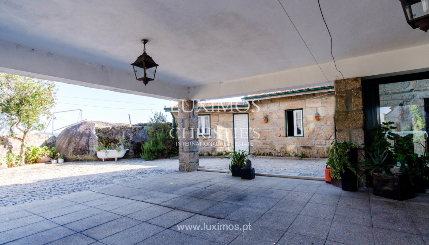 Sale of 18th century villa with garden and pool, Penafiel, Portugal_118460