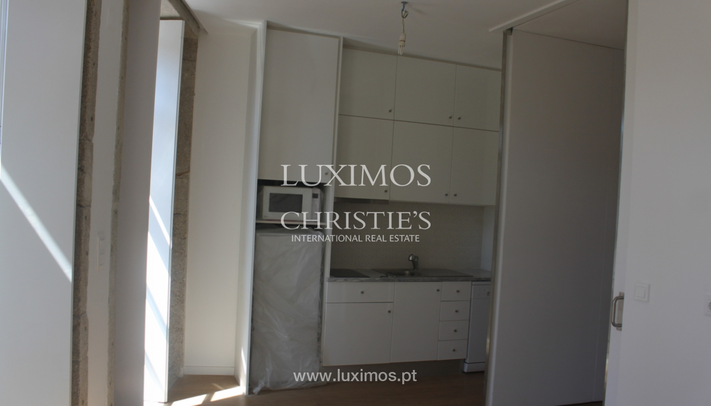 Apartment with terrace, for sale, in downtown Porto, Portugal_118532
