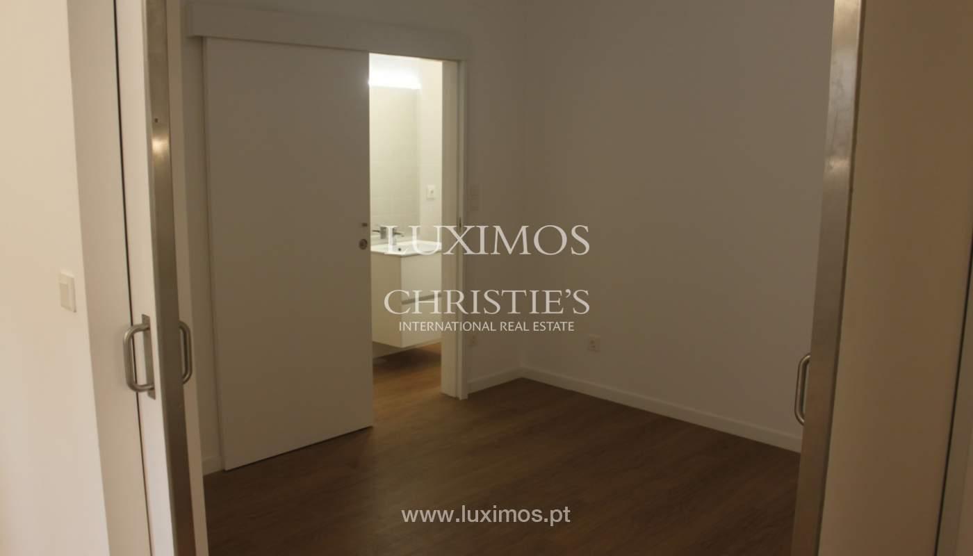 Neue Wohnung mit Balkon zum Verkauf im Zentrum von Porto, Portugal_118548