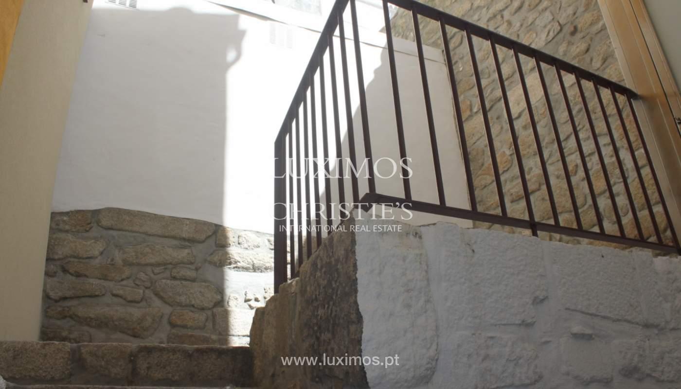 Neue Wohnung mit Balkon zum Verkauf im Zentrum von Porto, Portugal_118556