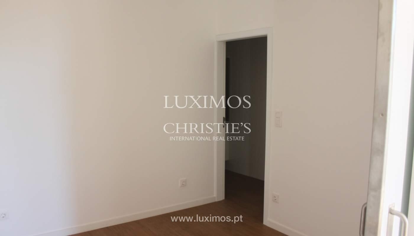 Neue Wohnung mit Balkon zum Verkauf im Zentrum von Porto, Portugal_118557