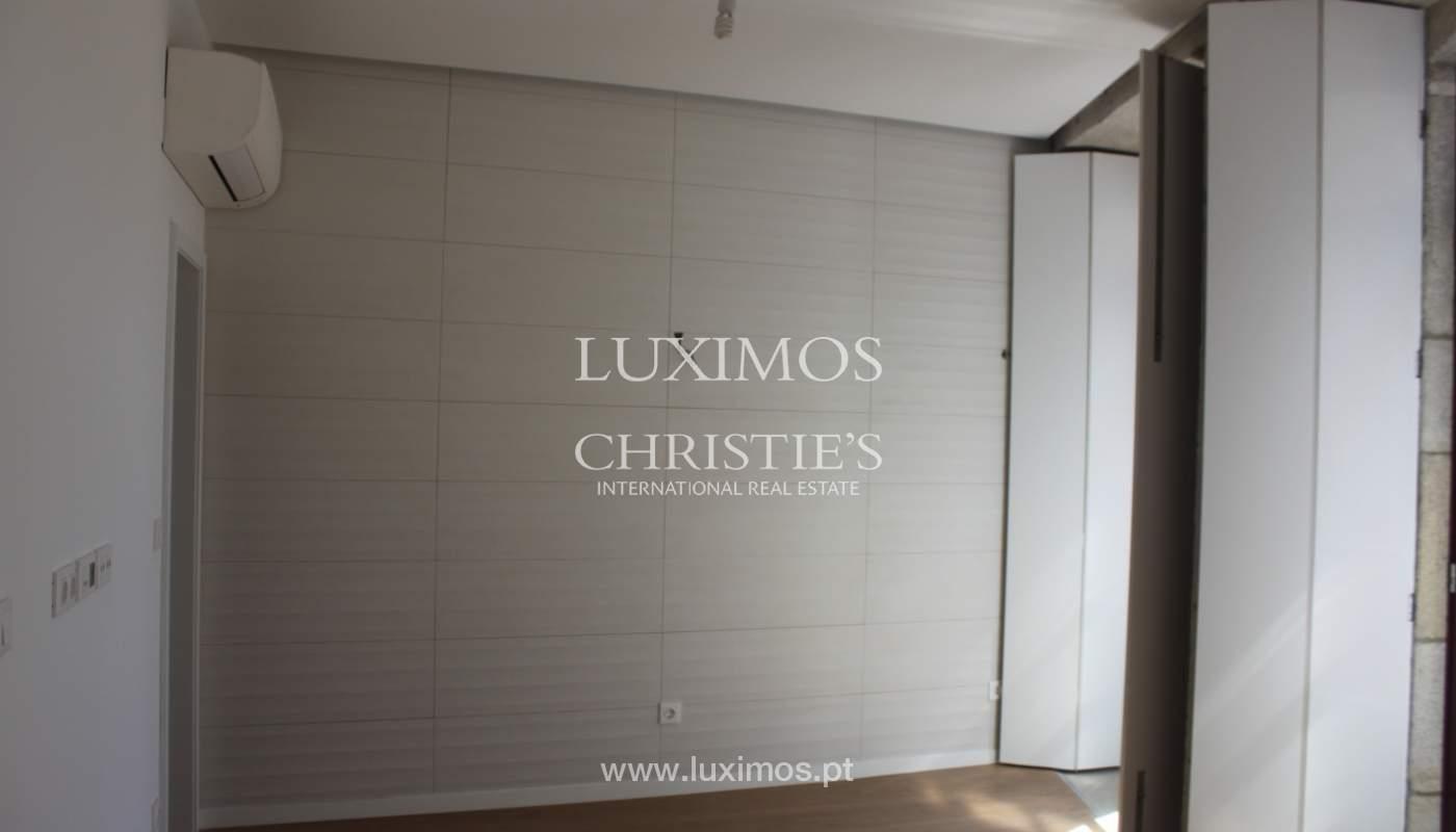 Neue Wohnung mit Balkon zum Verkauf im Zentrum von Porto, Portugal_118561
